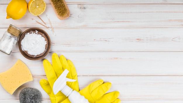 Luvas de proteção amarelas para limpeza ecológica doméstica
