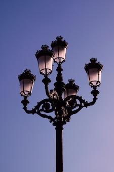 Luz de rua na cidade