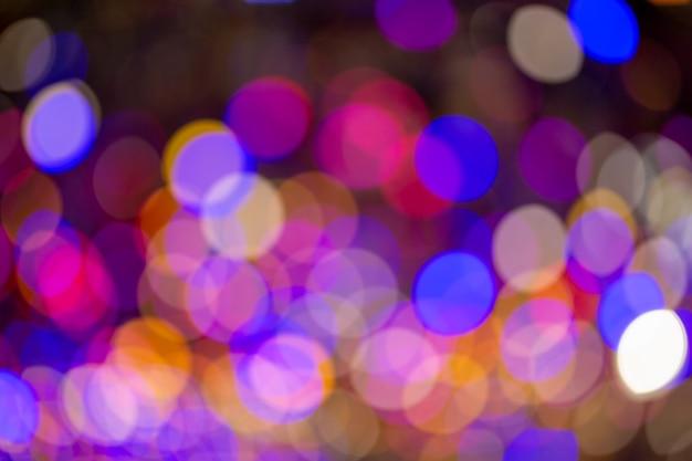 Luz multicolor bokeh da árvore de chiristmas.