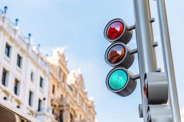 Luz verde de um semáforo