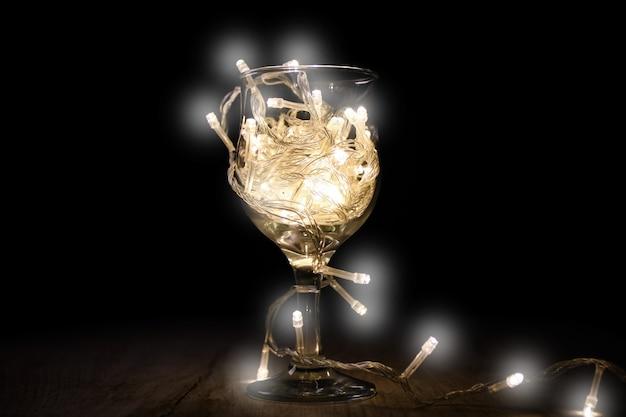 Luzes de fogo fio de natal em vidro, conceito de fogos de artifício luz de fadas