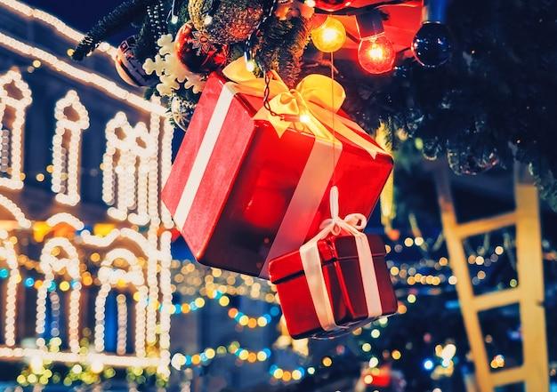 Luzes de iluminação de árvore de abeto de caixa de presente de decoração de natal