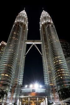 Luzes klcc kuala lumpur edifício malaysia