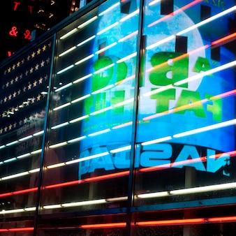 Luzes neon, em, cronometra quadre, manhattan, cidade nova iorque, eua