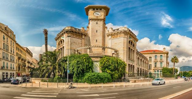 Lycee massena, edifício icônico em nice, cote d'azur, frança