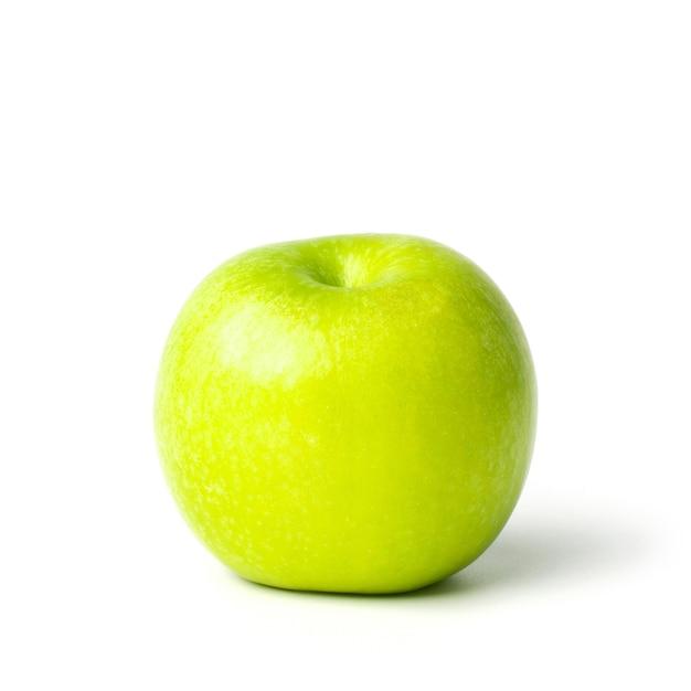 Maçã verde isolada no fundo branco. trajeto de recorte incluído nesta imagem.