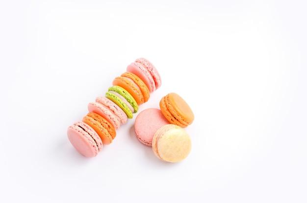 Macarons saborosos coloridos