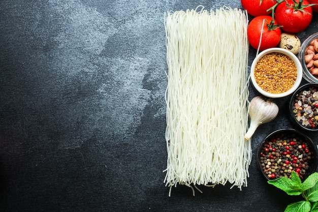 Macarrão de arroz macarrão de vidro aletria asiática