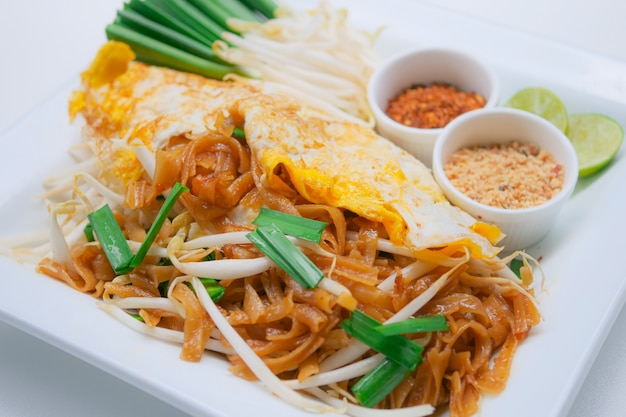 Macarrão de estilo tailandês, pad thai