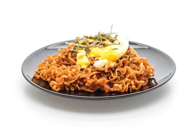 Macarrão instantâneo picante coreano