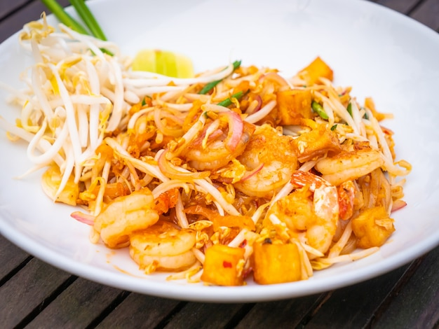 Macarrão tailandês