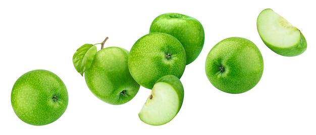 Maçãs verdes isoladas no branco com traçado de recorte