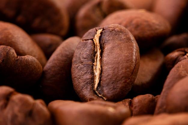 Macrofotografia de grãos de café, a textura de grãos de café.