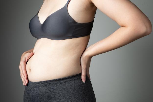 Mãe, dor nas costas, bebê, peso, grávida, problema, mulher