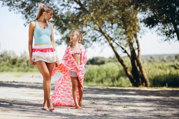 Mãe filha, praia