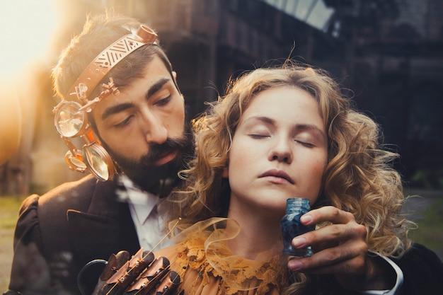 Magia de conto de fadas steampunk de um casal apaixonado