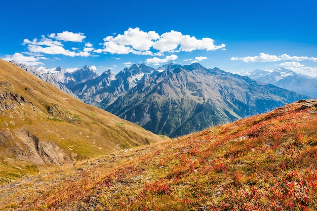 Maiores montanhas do cáucaso