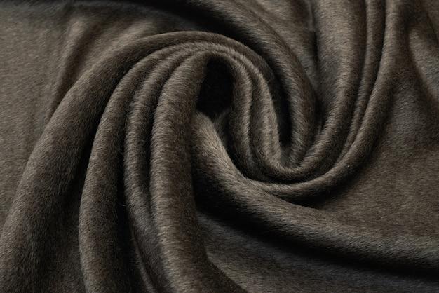 Malhas marrons claras de lã