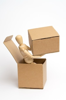 Manequim com pacote