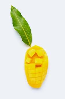Manga de frutas tropicais em fundo branco