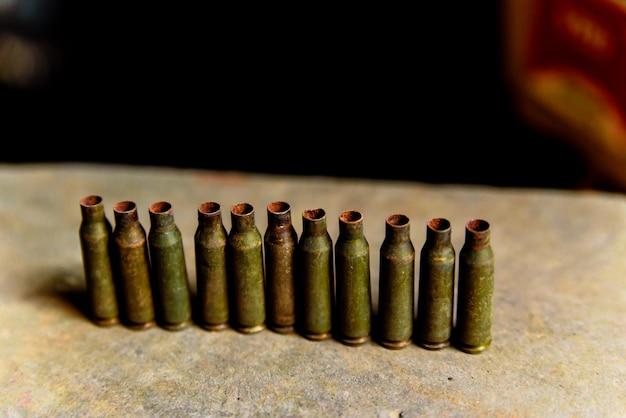 Mangas da metralhadora e metralhadora de grande calibre.