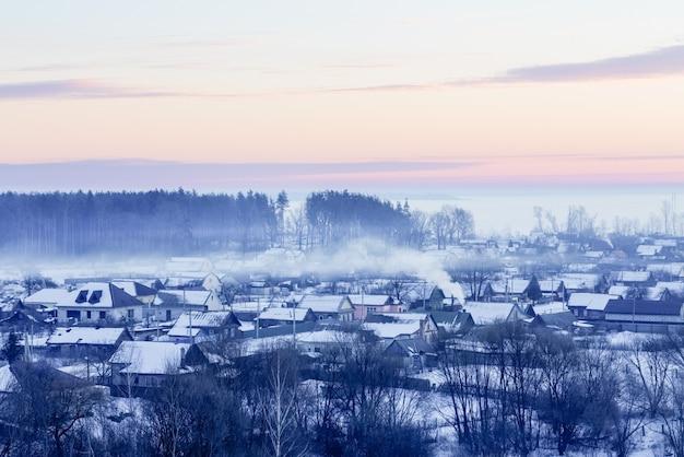 Manhã de inverno e fazendas