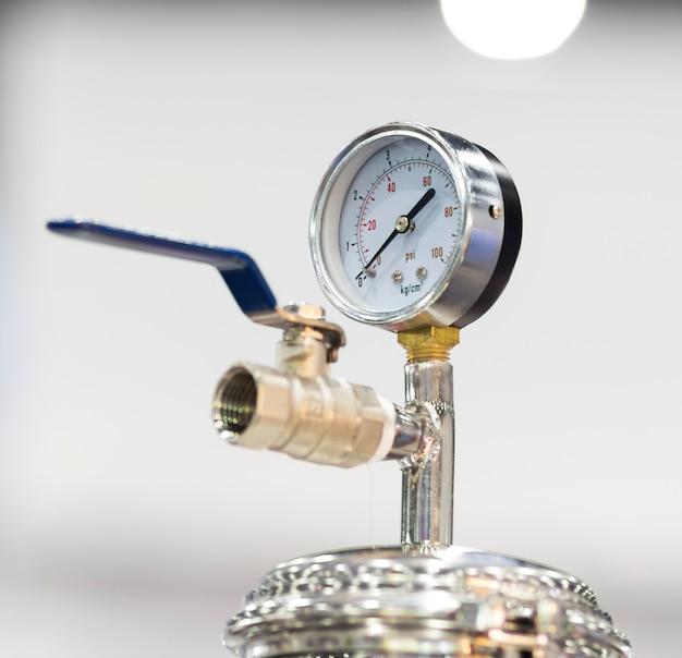 Manômetro de pressão para medir a pressão do ar