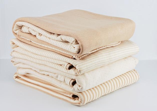 Manta de algodão bege natural para recém-nascido