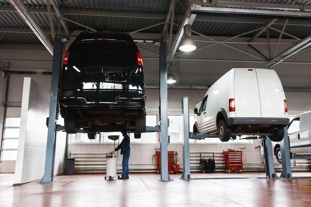 Manutenção de serviço automotivo para microônibus