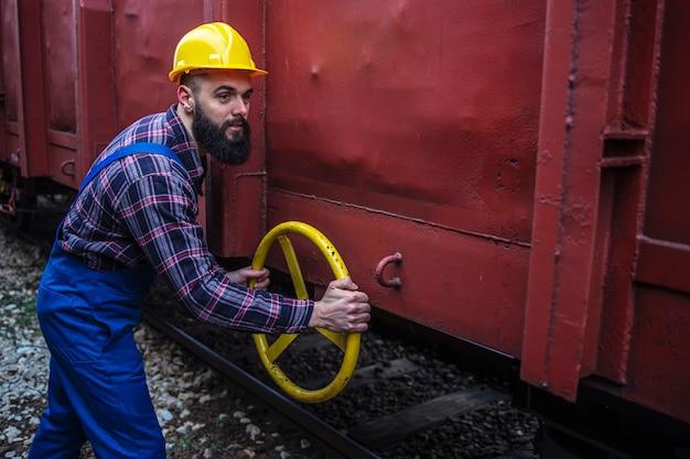 Manutenção de veículos de trem