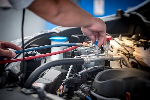 Manutenção do ar condicionado do carro