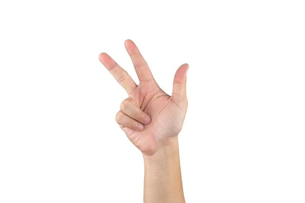 Mão asiática mostra e conta 8 dedos em um fundo branco isolado com traçado de recorte