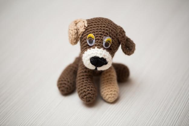 Mão de cão de malha. símbolo.
