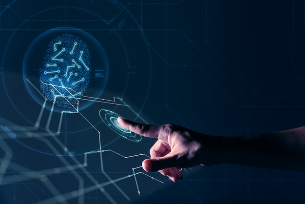 Mão de homem trabalhando na tela digital com impressão digital pessoal identificar segurança