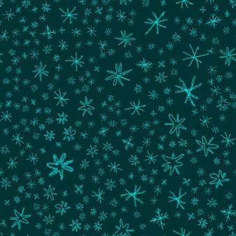 Mão desenhada flocos de neve sem costura padrão de natal. flocos de neve voando sutis em flocos de neve de giz fundo. sobreposição de neve handdrawn giz atraente. decoração majestosa da temporada de férias.