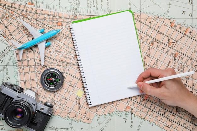 Mão, escrita, caderno