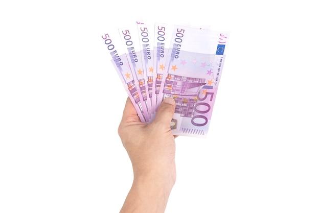Mão homem, segurando, espalhar, de, quinhentos, euro, contas, isolado, branco, fundo