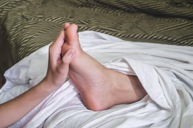 Mão massagem spa a pé para a saúde.