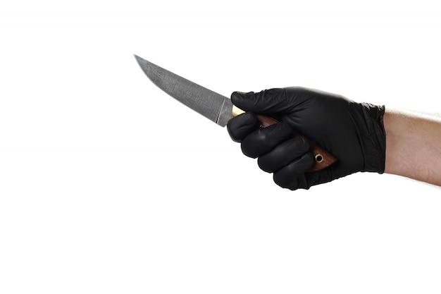 Mão mostra gesto, boa propaganda para a agência de segurança. segurando uma faca.