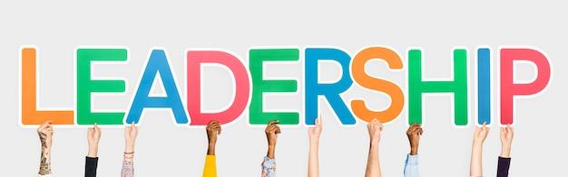 Mãos, atrasando, colorido, letras, formando, a, palavra, liderança