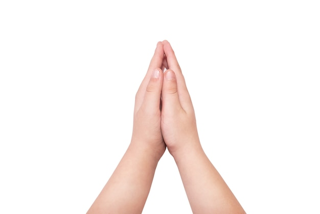 Mãos fazendo sinal de oração isolado no fundo branco