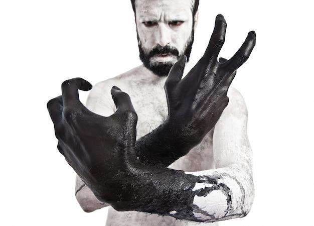 Mãos pretas