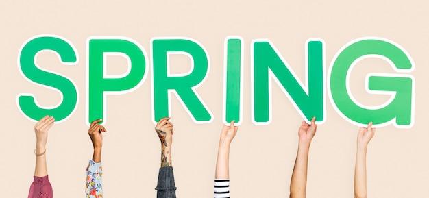 Mãos, segurando, a, palavra, primavera