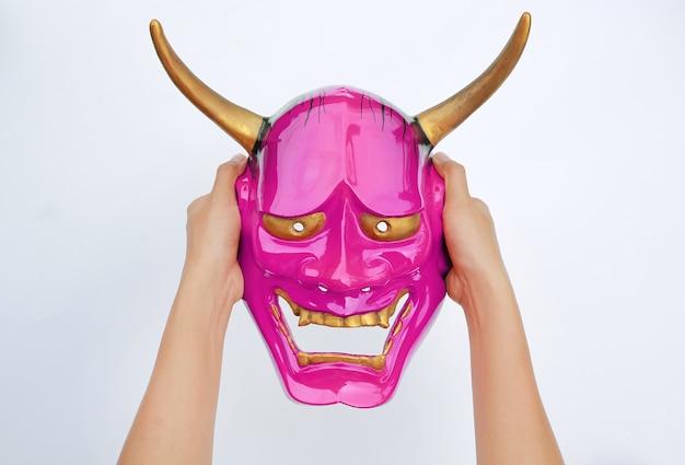 Mãos, segurando, kabuki, máscara, branco, fundo
