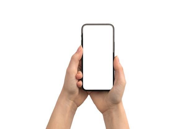 Mãos usando telefone celular com maquete de tela branca isolada em uma foto de fundo branco
