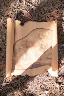 Mapa desenhado de vista superior para caça ao tesouro