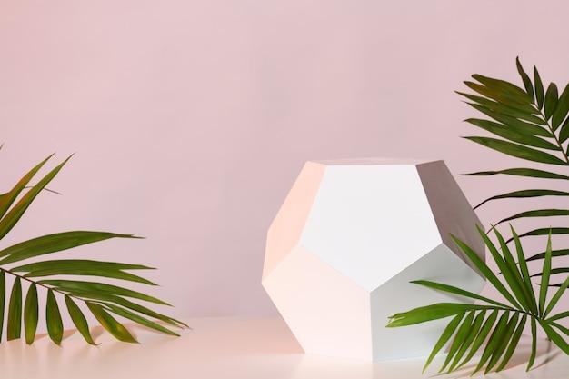 Maquete com suporte geométrico