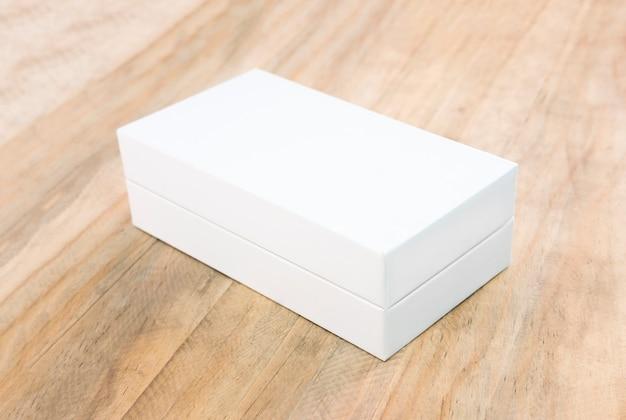 Maquete de caixa branca vazia