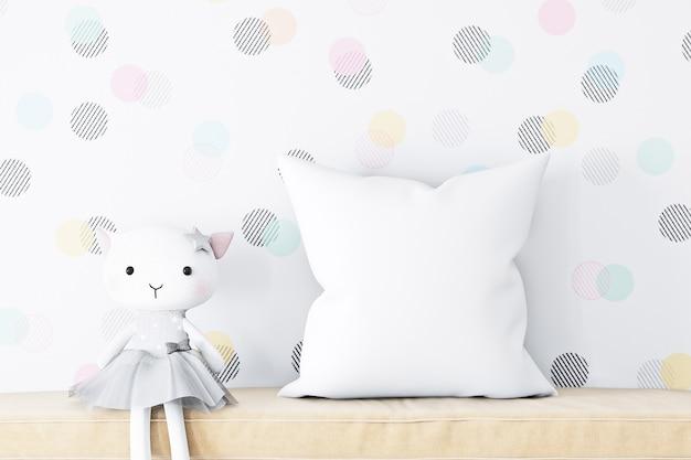 Maquete de travesseiro infantil branco e pelúcia de gato