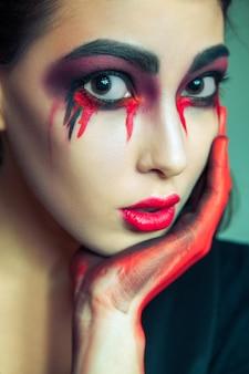 Maquiagem de beleza para o dia das bruxas
